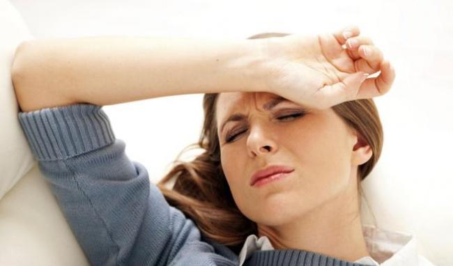 Hướng dẫn bấm huyệt giảm đau đầu không cần dùng thuốc